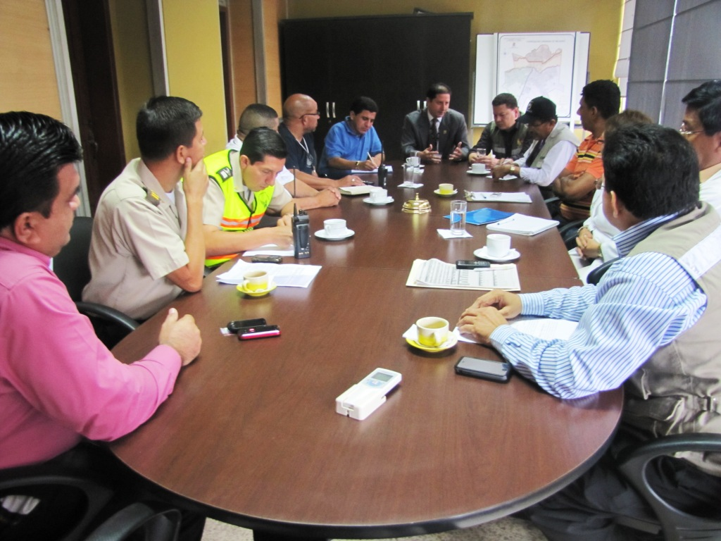 COE cantonal coordina acciones ante casos de intoxicación con licor adulterado en Milagro