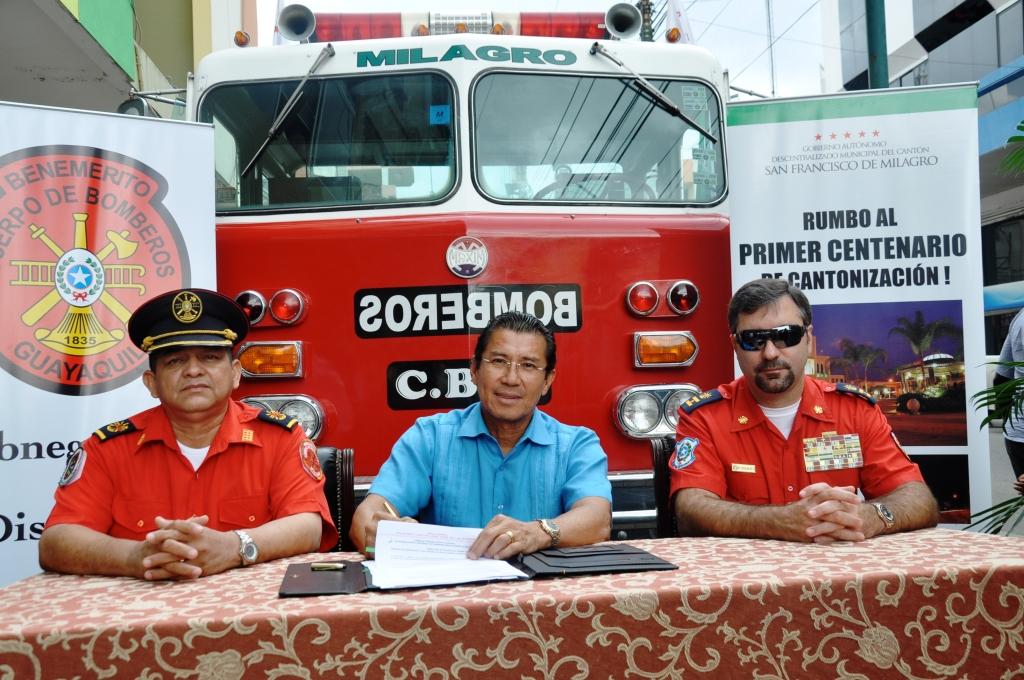 Se refuerza el parque automotor del Cuerpo de Bomberos de nuestra ciudad para su lucha contra incendios
