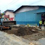 Mejoramiento de base de calle  Otto Arosemena para asfaltado