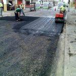 Mantenimiento de capa de rodadura en calle Rocafuerte