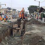 Instalación de colectores de aguas servidas y conexiones domiciliarias