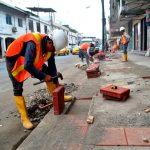 Cables del sistema eléctrico son soterrados en calle Andrés Bello