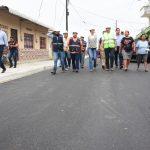 MINISTRO BORIS PALACIOS Y ALCALDESA DENISSE ROBLES INSPECCIONARON TRABAJOS DE ASFALTADO EN EL SUROESTE