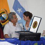 LENÍN MORENO RECIBIÓ LAS LLAVES DE LA CIUDAD DE MANOS DE LA ALCALDESA DENISSE ROBLES