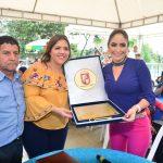 VICEPRESIDENTA Y ALCALDESA COMPARTIERON ALMUERZO CON COMERCIANTES Y RECICLADORES