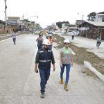 Denisse Robles inspeccionó obras viales y el dragado del río Milagro