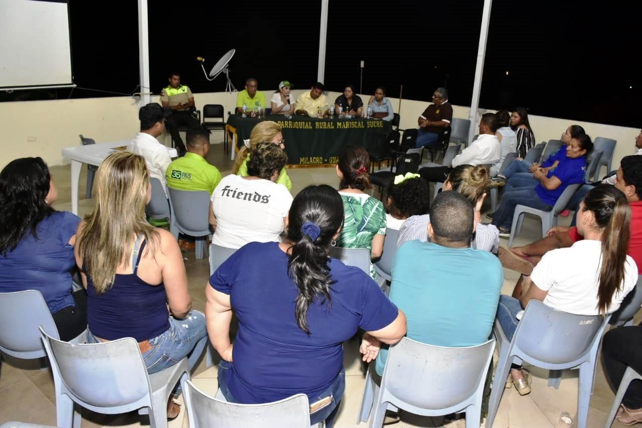 Denisse Robles socializó requerimientos de moradores de parroquia Mariscal Sucre