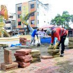 Colocan adoquines de colores en primer tramo de avenida Colón en regeneración