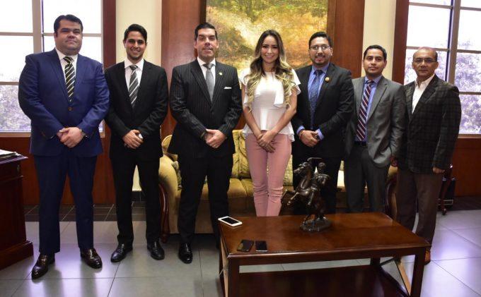 Alcaldesa se reúne con Gobernador del Guayas